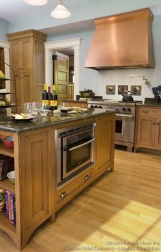 Idea of the Day: Craftsman Kitchen (By Crown Point Cabinetry) with copper range hood. Diy Kitchen Decor, Kitchen Ideas, Kitchen Redo, Room Kitchen, Kitchen Designs, Kitchen Island, Crown Point Cabinetry, Light Wood Kitchens, Craftsman Kitchen