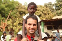 Foto tirada na missão Humanitária a Guiné Bissau. Vem mudar o mundo connosco, junta-te ao GAS, vê como aqui: http://www.fabioasgouveia.com/?p=sustentabilidadesocial&ad=pintgas