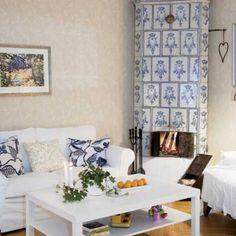 Piec kaflowy może być świetną dekoracją domu Gallery Wall, Country, Home Decor, Decoration Home, Rural Area, Room Decor, Country Music, Home Interior Design, Home Decoration