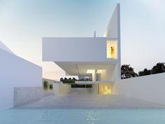Hovering Alfredo House by architecture studio @ruivieiraoliveira --- #ruivieiraoliveira #italia #napoli #italy #luxuryhome #architect…