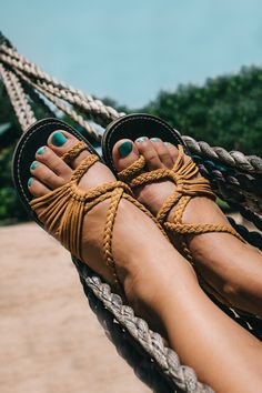 Beautiful, comfortable flat sandals in trendy summer color. Beach Sandals, Flat Sandals, Nylons, Yellow Sandals, Stylish Sandals, Summer Flats, Summer Outfits, Summer Dresses, Trends