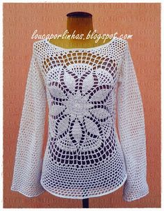 No chart here, but uses 3.0 and 2.5mm crochet hook. crazy about lines - crochet and patchwork: Lolita Blouse