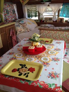 46 Bright and Cheerful Vintage Trailer Interior