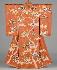Furisode, featuring motifs of Paulownia Tree and Phoenixes, Edo period (1615-1868), late 18th-early 19th century. Tie-dyeing (boshi and kanoko shibori) and silk and metallic thread embroidery on red-orange figured silk satin (rinzu),  LACMA (Gift of Miss Bella Mabury) (Tumblr)