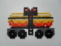 vagon Bead Crafts, Arts And Crafts, Perler Bead Mario, Christmas Perler Beads, Hama Beads Design, Peler Beads, Iron Beads, Perler Patterns, Bead Art