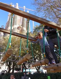 Ideas for little kids toddlers in Barcelona: Playground by Sagrada Familia
