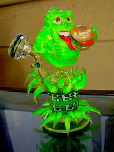 ghost glass artist   20, amazing glass work and Halloween… a Ghostbusters Slimer glass ...