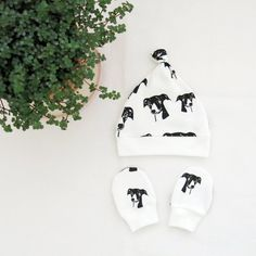 Greyhound Print Baby Hat And Mittens Set, Organic Cotton Baby Clothes For Dog Lover, Gender Neutral Newborn Set, Baby Coming Home Outfit Baby Hat And Mittens, Baby Hats Knitting, Baby Coming Home Outfit, Baby Leggings, Baby Kids Clothes, Baby Prints, New Baby Gifts, Baby Wearing, New Baby Products