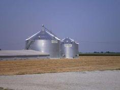 In-Bin Grain Dryer.  Shivvers Circulator Grain Drying System.  Built by Devolder Farms