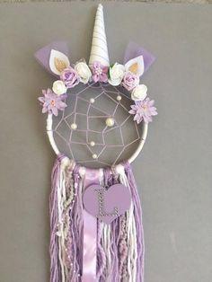 Personalised Unicorn Dreamcatcher with added webbing/Nursery decor - Traumfänger Basteln Dream Catcher Nursery, Dream Catcher Craft, Diy Dream Catcher For Kids, Unicorn Rooms, Unicorn Bedroom, Diy And Crafts, Crafts For Kids, Arts And Crafts, Unicorn Crafts