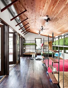 queen-sized bunk beds custom made by architect henry panton; photo by ryann ford