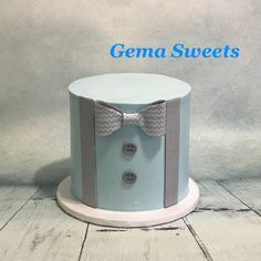 Little man baby shower cake by Gema Sweets.