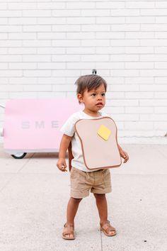 How To Make A Toaster + Toast Costume for Kids (A Wagon Costume Idea!)   studiodiy.com