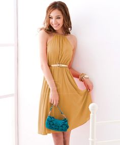 Graceful Halter Neck Solid Color Chiffon Dress With Petticoat For Women (LIGHT YELLOW,ONE SIZE) | Sammydress.com
