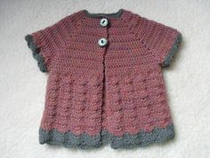 Ravelry: Vintage baby-girl vest pattern by Annelies Baes (Vicarno) Melissa Miller, Baby Girl Cardigans, Baby Sweaters, Baby Fur Vest, Adventure Outfit, Baby Girl Crochet, Vest Pattern, Free Pattern, Newborn Outfits