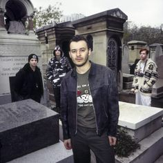 Manic Street Preaches / Paris, 1994 https://inews.co.uk/essentials/culture/music/stay-beautiful-photographing-manic-street-preachers-10-years/