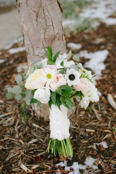 A lovely and fresh bridal bouquet from Poppy Lane Design.  Photo by Candi Coffman Photography.  #wedding #bouquet #winter #pink