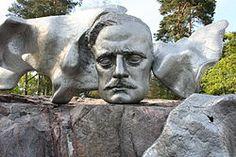 Estatua de Sibeliusmuseum (detalle de la ONU), compositor de la ONU Famoso Finlandés. Helsinki, Finlandia.