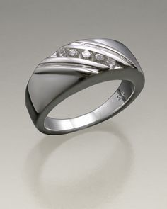 sterling silver ladies soothing ring for cremains