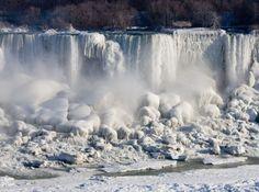 Niagara Falls frozen by polar vortex 2014