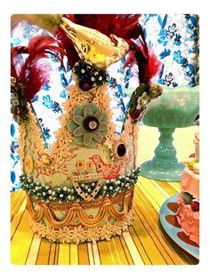 a fabulous birthday crown by Jennifer Reed (3 Dotters)