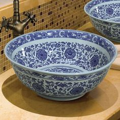 Special Jingdezhen hand painted blue and white porcelain washbasin basin artistic basin wash basin counter basin bathroom decor