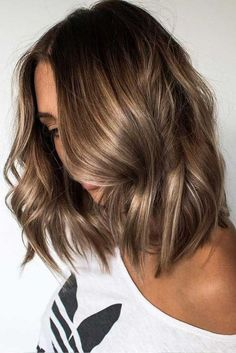 Long Wavy Ash-Brown Balayage - 20 Light Brown Hair Color Ideas for Your New Look - The Trending Hairstyle Hair Color Highlights, Hair Color Dark, Ombre Hair Color, Hair Color Balayage, Cool Hair Color, Caramel Highlights, Brown Balayage, Hair Colors, Balayage Brunette
