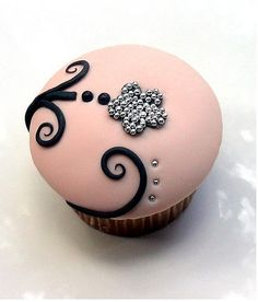 Soft pink with black and silver - feminine chic cupcake!