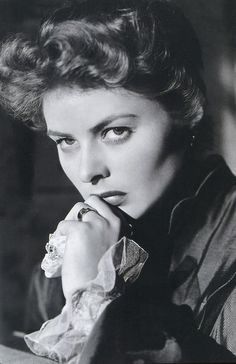 Ingrid Bergman in Gaslight (1944)