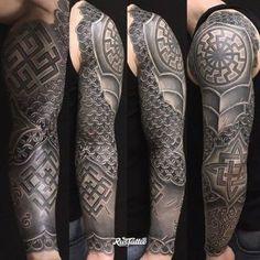 maori tattoos carved into faces Black Sun Tattoo, Black Ink Tattoos, Body Art Tattoos, Hand Tattoos, Maori Tattoos, Elbow Tattoos, Sleeve Tattoos, Badass Tattoos, Cool Tattoos