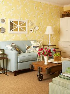 A botanical theme sets the tone for this cottage-style seating area: http://www.bhg.com/decorating/color/schemes/yellow/?socsrc=bhgpin060614yellowcolorscheme&page=5