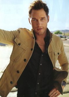 Chris Pratt – star of the upcoming Jurassic World movie- wearing Ralph Lauren Purple Label in GQ