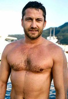 Gerald Butler......WOW! || ooh. His chest. I need to touch it with the palms of my hand~~