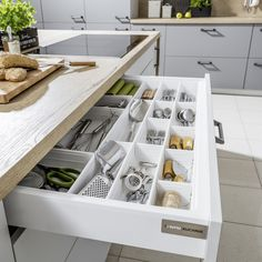 Kuchnie nowoczesne | WFM KUCHNIE - meble kuchenne Kitchen Organization, Kitchen Storage, Organization Ideas, Storage Ideas, Diy Kitchen, Kitchen Design, Kitchen Cabinets, Kitchen Ideas, Diy Drawers