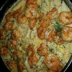 Find images and videos about food, cheese and pasta on We Heart It - the app to get lost in what you love. Seafood Recipes, Cooking Recipes, Food Porn, Comfort Food, Food Goals, Aesthetic Food, Food Cravings, I Love Food, Soul Food