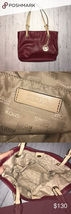 Michael Kors bag ✨ Authentic Michael Kors maroon bag - great condition - from smoke free home - offers welcomed - can take additional pictures Michael Kors Bags Shoulder Bags