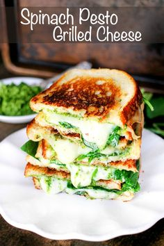 29 Ways To Make Dinner With A Rotisserie Chicken Spinach Pesto Grilled Cheese is stuffed with delicious smoked gouda cheese, spinach, and a homemade spinach pesto – it's to die for! Pesto Grilled Cheeses, Grilled Cheese Recipes, Recipes With Gouda Cheese, Avacado Grilled Cheese, Lunch Recipes, Vegetarian Recipes, Healthy Recipes, Burger Recipes, Panini Recipes
