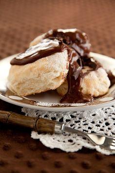 Paula Deen's Chocolate Gravy and Biscuits
