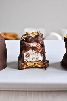 These are s'mores to enjoy when you can't be near the fire