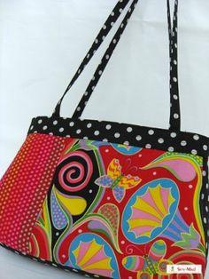 Scrap Vintage Linens Patchwork Tote Bag - Free Tutorial | PatternPile.com