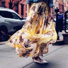 I need more full, flowy skirts in my life | @liketoknow.it http://liketk.it/2qQOv #liketkit