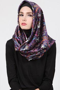 Tyana Floral Hijab Harga Khusus Hanya: Rp. 59.000  Warna: Purple Bahan: Satin Panjang: 120cmx120cm