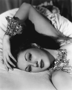 Maria Montez (and not Hedy Lamarr, as i thought it was)