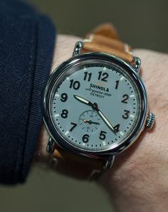 So obsessed with Shinola watches. american made in Detroit! Ring Watch, Bracelet Watch, Cool Watches, Watches For Men, Shinola Runwell, Gentleman Watch, American Made, Bracelets, Mens Fashion