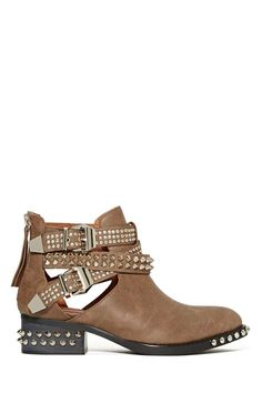 Jeffrey Campbell Everly Spike Boot - Taupe | Shop Shoes at Nasty Gal  $212.00 low inventory. fave.. #giftwish