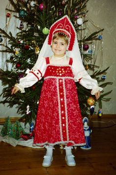 Russian girl in national costume is singing at the New Year's Party. #cute #kids #Russian #folk