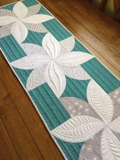Sew Kind Of Wonderful: Throwback Thursday - Holiday Style!