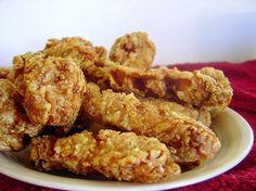 교촌치킨 만들기 / kyochon chicken copycat recipe Kyochon Chicken Recipe, Chicken Wing Recipes, K Food, Food Menu, Korean Dishes, Korean Food, How To Cook Liver, Just Cooking, No Cook Meals