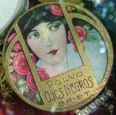 Art Nouveau Powder Compact #vintage ...what a gem