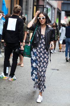 EVA CHEN WEARS MOTHER OF PEARL DRESS - Street Style #motherofpearl #pearlyqueen #streetstyle #evachen
